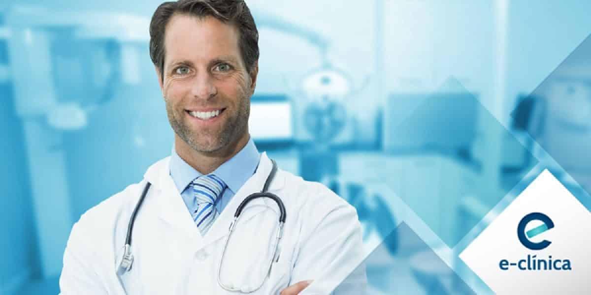 Como obter mais reconhecimento em marketing de saúde médico sorridente com estetoscópio